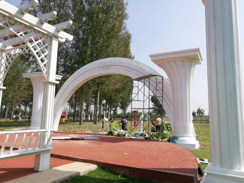 不锈钢婚庆花柱及拱门雕塑完工(组图)
