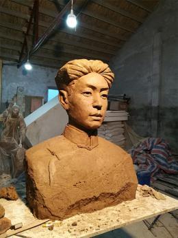 毛岸英雕像(玻璃钢雕塑)
