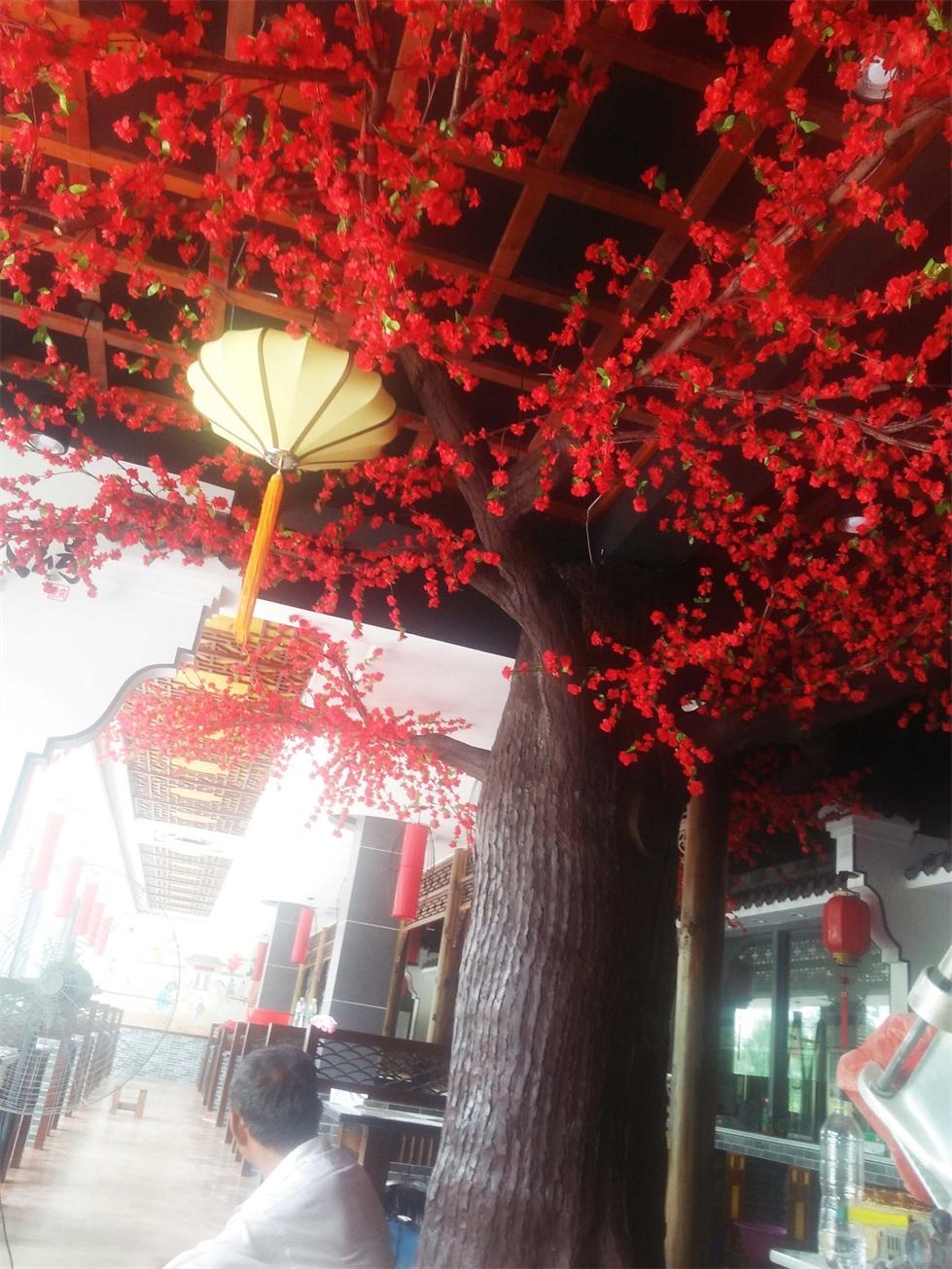 """滨州沾化重庆老火锅水泥假树雕塑""""仿真树""""完工(组图)"""