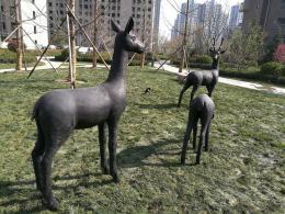 玻璃钢小鹿雕塑